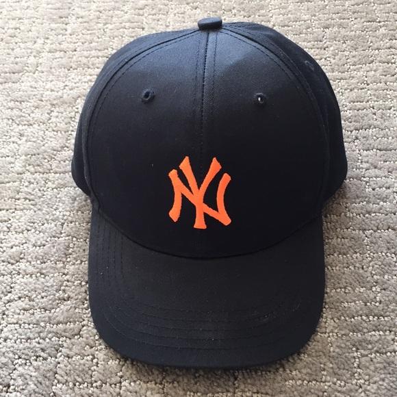 Toddler NY Yankees adjustable baseball cap 71fdacf4ab2